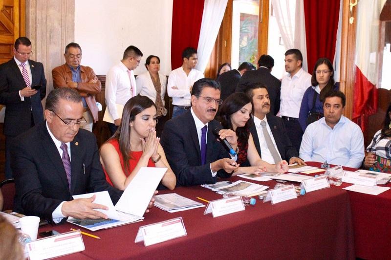 Gracias al trabajo del Gobierno del Estado y del Poder Legislativo, por primera vez en Michoacán se atacan de manera integral los delitos forestales, destaca Luna García