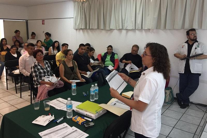 La directora general del Sistema DIF Michoacán, Rocío Beamonte, indicó que en este encuentro participa el personal encargado de atender las 30 UBR´s y los 2 CRI's que actualmente brindan servicios de rehabilitación en el interior del estado