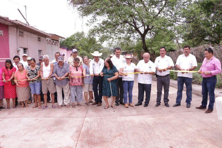 Gilberto Zarco enfatizó que dentro del programa operativo de la administración municipal, se contempla dignificar las calles, lo cual fue un compromiso del gobierno local y se ha ido cumpliendo
