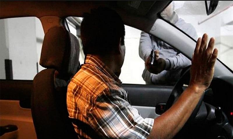 Así, en los últimos 12 meses, la AMIS registró 81 mil 125 autos robados, 26 por ciento más que en igual periodo pasado