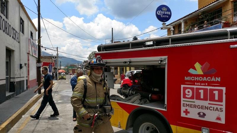 Personal de bomberos indicó que la causa de este incidente fue un flamazo por acumulación de gas, donde afortunadamente no hubo personas lesionadas, únicamente con crisis nerviosas