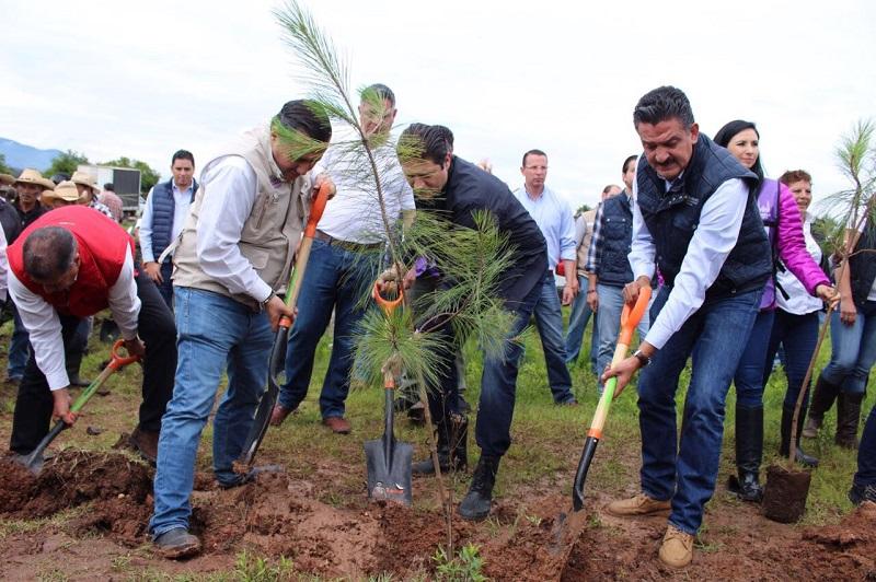 El titular de la Semaccdet, Ricardo Luna García, convoca a la sociedad a involucrarse en las acciones de preservación del medio ambiente