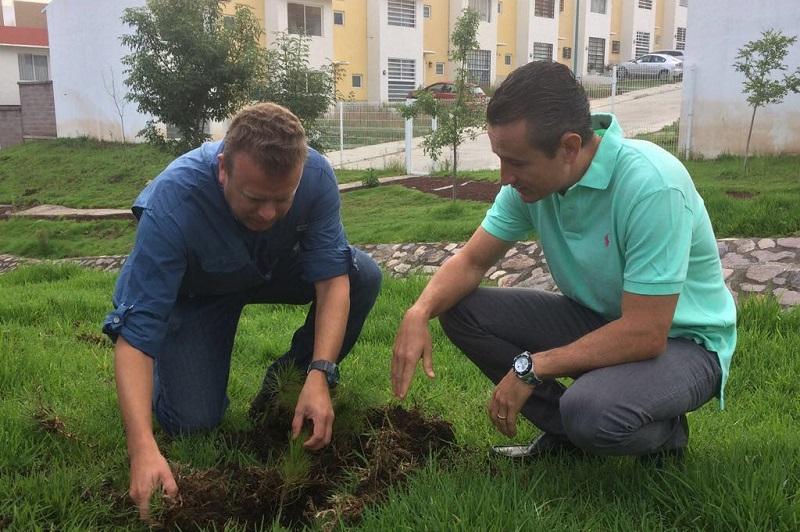 A decir del Procurador de Protección al Ambiente, Juan Carlos Vega Solórzano, esta actividad surge de un recorrido realizado hace un mes por la dependencia a su cargo, para vigilar el cumplimiento ambiental en el desarrollo de complejos habitacionales en la zona de Tres Marías
