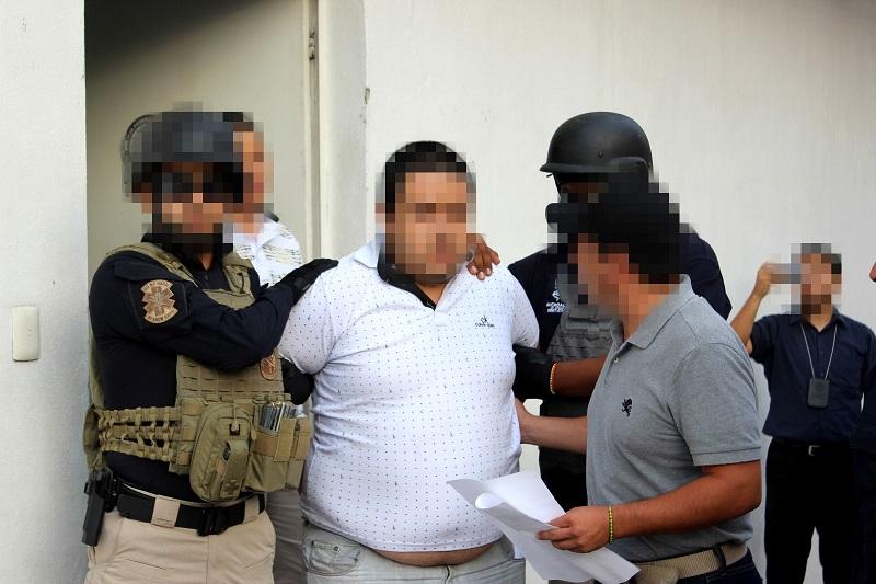 El inculpado se encuentra relacionado en el secuestro de dos personas, hecho ocurrido el 3 de noviembre de 2015 en el municipio de Lázaro Cárdenas