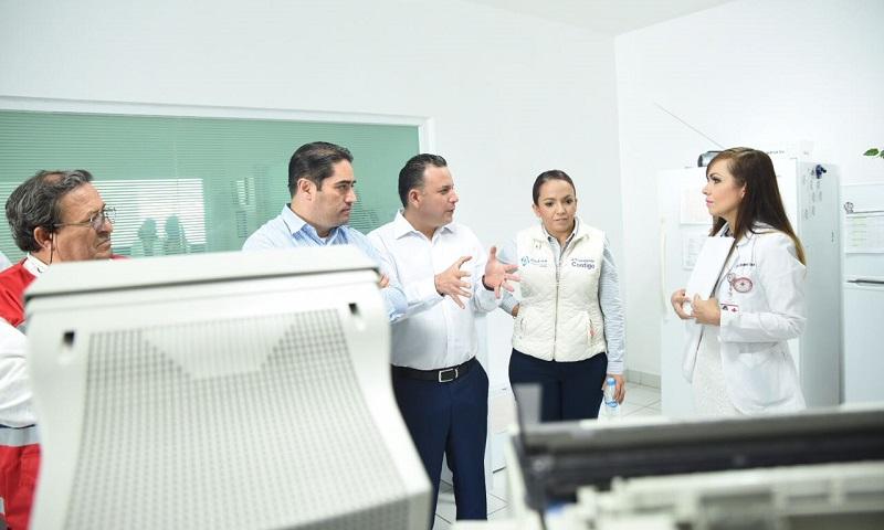 Por su parte, Carlos Quintana Martínez, hizo un llamado a la población en general para que conozcan la gama de servicios que brinda la Cruz Roja