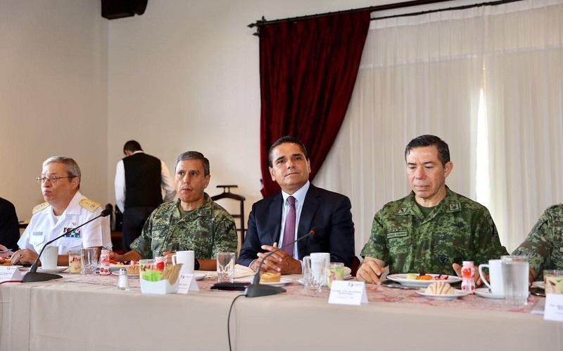 No se permitirá la presencia de civiles armados realizando labores de seguridad, reitera Silvano Aureoles Conejo al encabezar la reunión semanal del Grupo de Coordinación Michoacán
