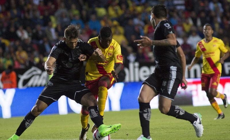 Monarcas dejó ir la victoria en tiempo de reposición con un disparo de Vilchis que Hugo González estuvo atento para desviar
