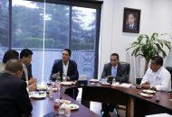 El mandatario michoacano externó que una de sus preocupaciones centrales es atender a la niñez y juventud del estado, brindándoles las condiciones para un desarrollo próspero