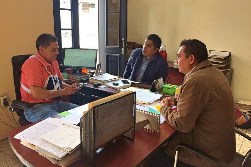 Romero Hernández urgió a las autoridades locales a sumarse a los trabajos de conformación, tanto del acervo, como del consejo de crónica municipal y con ello, apegarse a la Ley de Archivos Administrativos e Históricos del Estado de Michoacán y sus Municipios