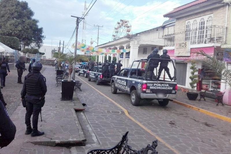 En tanto, la seguridad de los municipios quedó a cargo de la Policía Michoacán y personal del Ejército Mexicano, con la finalidad de mantener el orden público e inhibir actos delictivos, informa la SSP