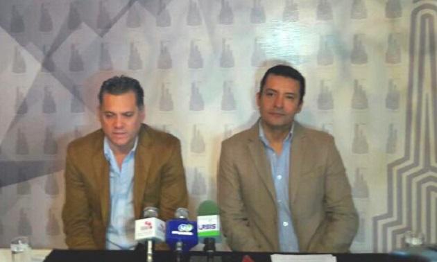 Ricardo Bernal, presidente de la AIEMAC, y Héctor Manuel Tinoco, de la Canacintra, calificaron como grave la situación por la que atraviesa la CIMO, pues el deterioro de las vialidades y el abandono de predios, generan desaliento en la inversión y una inseguridad alarmante
