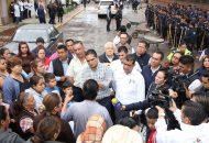 Preside el mandatario estatal una reunión con el presidente municipal Luis Maciel para atender a los damnificados y realizan recorrido por las viviendas afectadas en Chavinda