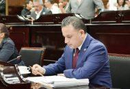 Con estas medidas, lo que pretendemos es darles la certeza a los ciudadanos de que su información personal en manos de cualquier autoridad, cuenta con la protección debida, insistió Quintana Martínez