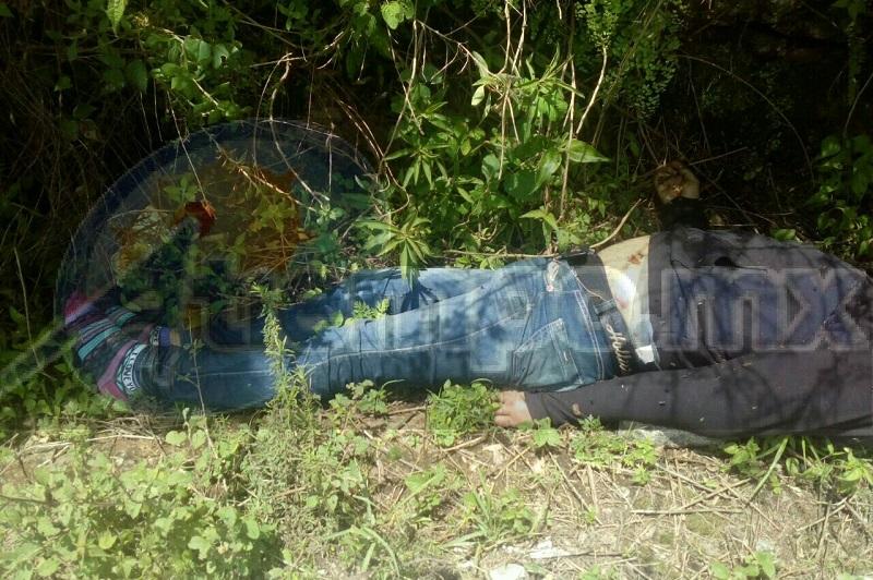 El área quedó resguardada por autoridades policiacas, mientras personal de la UEEC realizaban el levantamiento del cuerpo para trasladarlo al Semefo