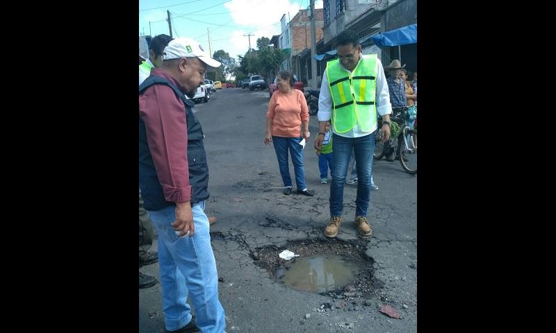 Exhorta Ruiz Ramírez a que autoridades municipales rindan un informe-diagnóstico pormenorizado sobre el mantenimiento vial y el bacheo durante 2016
