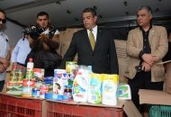 García Espinosa revisó, artículo por artículo, junto con los representantes del SUEUM, el contenido de dos tipos de despensas: para los trabajadores de base y para empleados de apoyo