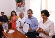 Gilberto Zarco señaló que el Ayuntamiento de Huetamo trabajará con el Comité Municipal en la construcción del Espacio Nicolaita, la cual consiste en una escultura en la que se resaltan los valores de la Universidad Michoacana