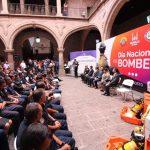 """""""Sabemos que tienen un ingreso limitado y tenemos que revisar cómo mejorarlo"""", dijo Martínez Alcázar"""