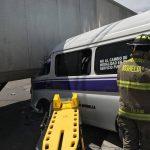 La vialidad fue cerrada mientras los cuerpos de auxilio atendían a las personas y personal de la Policía Michoacán realizaba el peritaje del accidente
