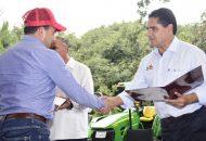 Silvano Aureoles reafirmó su compromiso con las y los jornaleros, al señalar que el propósito de su Gobierno es que la riqueza impacte principalmente en la gente trabajadora y en condiciones precarias