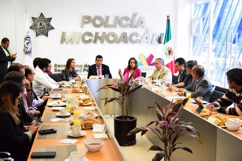 Durante la reunión encabezada por Corona Martínez se trabajó para crear una campaña de difusión que muestre el fortalecimiento de la infraestructura operativa que realiza la institución