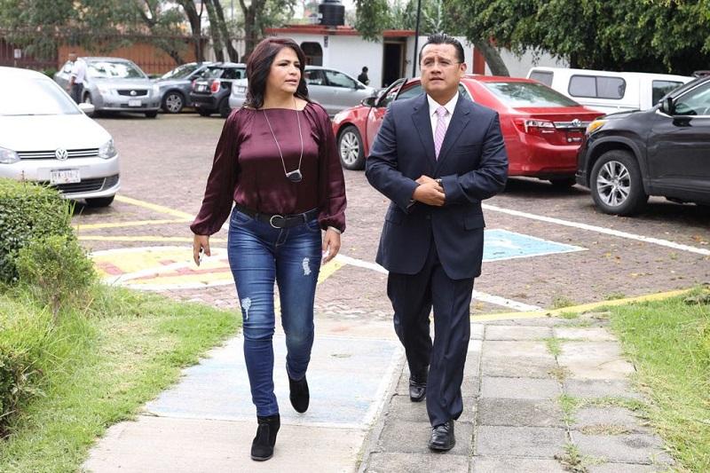Torres Piña informó que también se instruirá a los grupos parlamentarios del Senado de la República y de la Cámara de Diputados, así como de las legislaturas locales, para que prioricen en sus agendas legislativas la erradicación de la violencia política de género