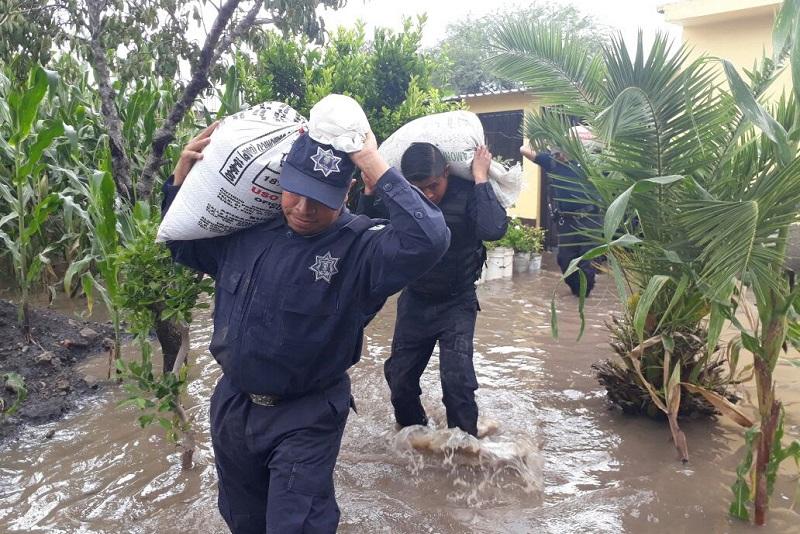 Hasta el momento se tiene registro de 10 viviendas afectadas por ingreso de agua, por lo ya se realizan las tareas de desazolve en las zonas afectadas