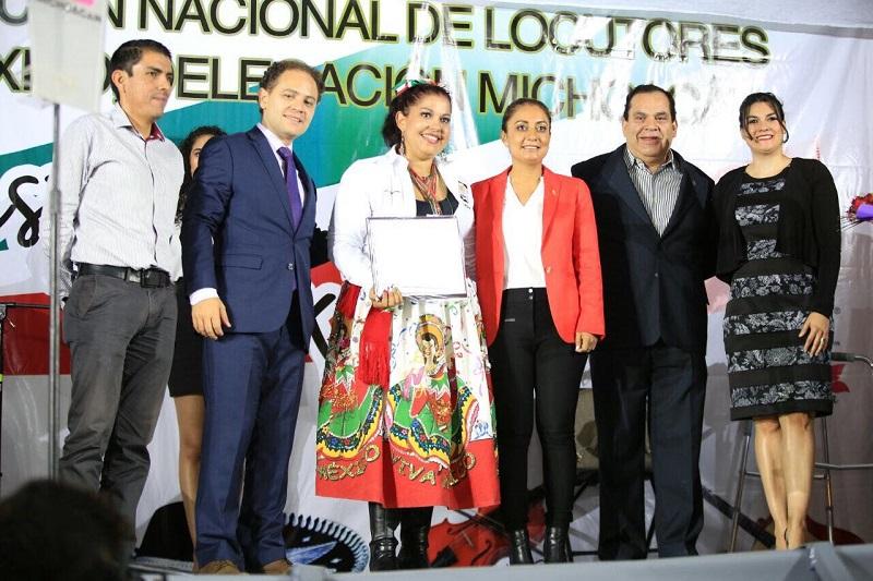 Junto con integrantes de la Asociación Nacional de Locutores de México, Delegación Michoacán, festejan Día del Locutor