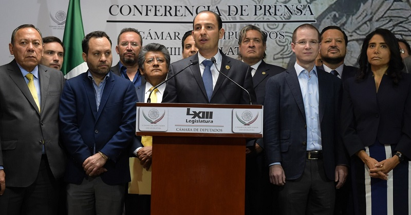 Se proponen dar marcha atrás al gasolinazo; asistieron a la presentación los dirigentes nacionales de MC, PRD y PAN
