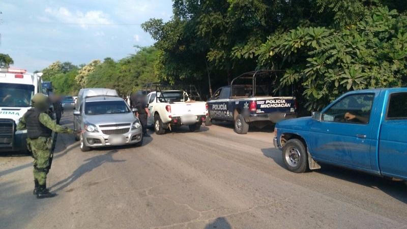 El dispositivo permitió liberar la vialidad en el municipio de Buenavista, a la altura del puente Piedras Blancas, que había sido bloqueada por desconocidos que atravesaron un vehículo repartidor como distractor ante las acciones de la autoridad
