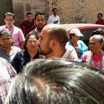 """Juan Pérez Medina nació en el estado de Nayarit y desde 1981 fue integrante de la CNTE, después, fue representante estatal de magisterio y de 1998 a 2002, fungió como dirigente estatal de la Sección XVIII en su etapa más radical y de ahí, """"brincó"""" a una diputación federal por el PRD"""
