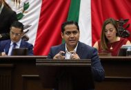 Daniel Moncada demandó a los 113 ayuntamientos del Estado, brinden un buen servicio de alumbrado público a la ciudadanía por cuestiones de seguridad y calidad de vida, pero subrayó que no debe permitirse que los ediles evadan su obligación constitucional