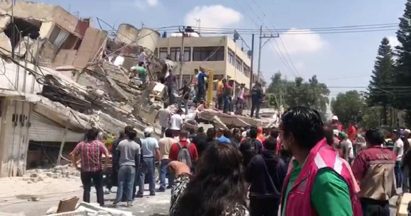 """Respecto daños en la Ciudad de México, el gobernador Miguel Ángel Mancera precisó: """"Tendremos que revisar unos 500 o 600 edificios con daños"""", pero que """"de la cifra inicial de 45 edificios colapsados, algunos se repetían y finalizamos en 39"""""""
