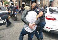 Los hechos se registraron sobre la calle Manuel Muñiz, frente al número 134 (FOTOS: FRANCISCO ALBERTO SOTOMAYOR)