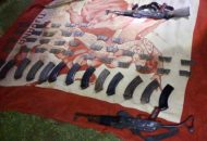 A Heriberto B. y un menor de edad se les aseguraron dos fusiles AK-47, 13 cargadores y 340 cartuchos útiles