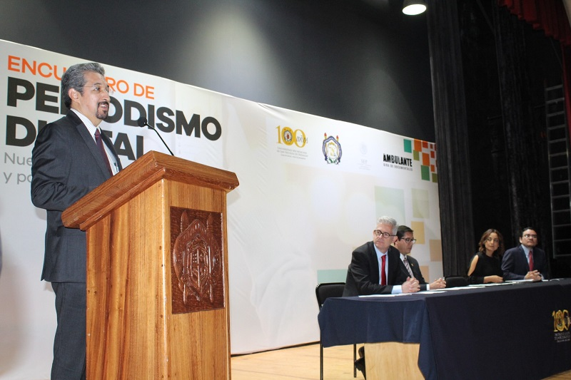 Durante la Inauguración del Encuentro de Periodismo Digital, el rector nicolaita dio la bienvenida a alumnos, representantes de medios de comunicación nacionales y locales a este evento, primero en su tipo en el país