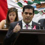 """Núñez Aguilar expuso que """"es urgente poner en práctica métodos viables para un reciclado coherente de estos productos, las cuales, dijo, ya existen"""""""