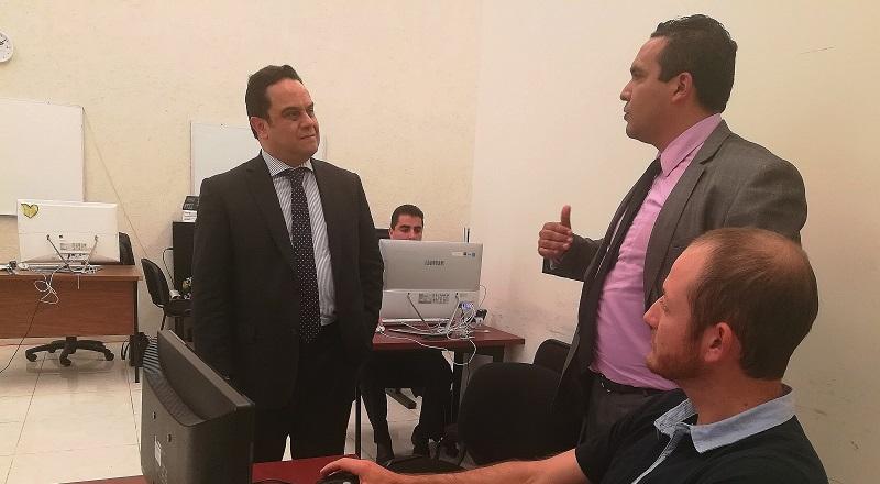 Merino García recibió en Michoacán al comisionado presidente del INAI, Francisco Javier Acuña Llamas