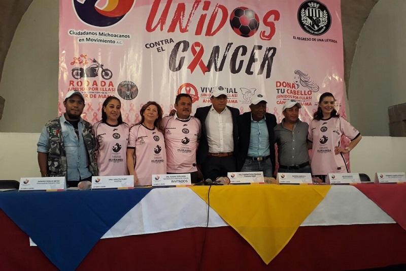 Cristóbal Torres Mendoza, presidente de la asociación, señaló que del 12 al 21 de octubre, mes que fomenta la conciencia hacía el cáncer de mama, se realizará una pasarela de modas, se brindarán mastografías de manera gratuita e incentivará a la donación de cabello para la elaboración de pelucas