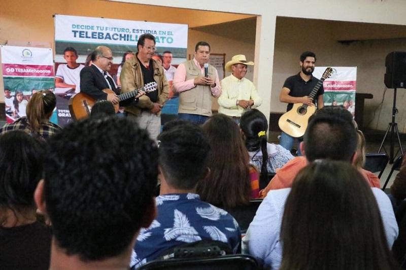 Barragán Vélez indicó que con la Semana Cultural se promueve la integración y convivencia entre estudiantes, quienes enriquecen su formación académica con la cultura