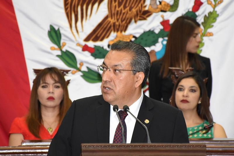 Lázaro Medina señaló que declarar a la UMSNH, por decreto de la LXXIII Legislatura, como Benemérita y Centenaria es, en justicia, reconocer los extraordinarios valores que esta querida institución porta en sus entrañas