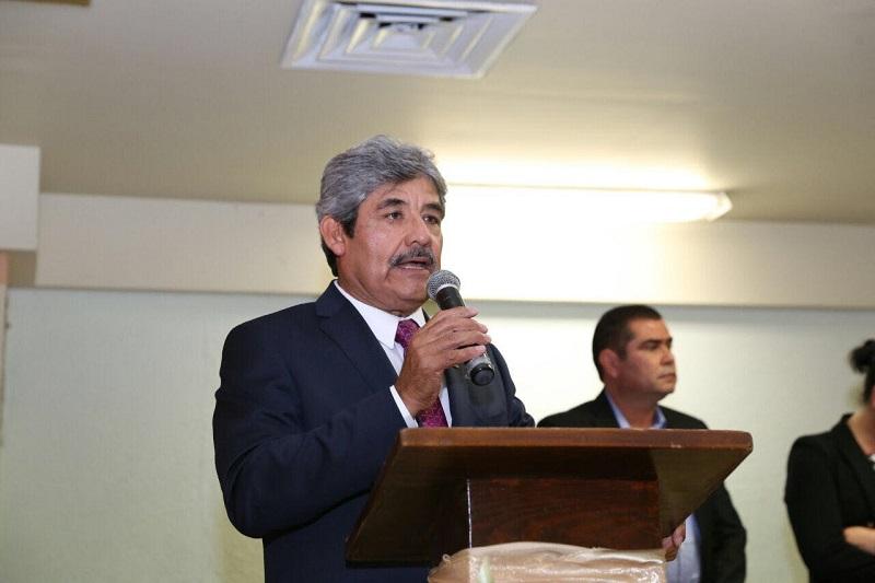 De acuerdo con Ocampo Barrueta, la administración de Aureoles Conejo ha abonado 150 de los 518 mdp que el gobierno anterior dejó de depositar durante los años 2013 y 2014, así como entre enero y septiembre de 2015