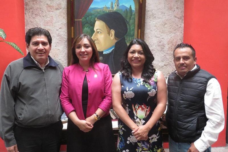 Al proponer el programa de actividades para festejar los 100 años de la promulgación de la Constitución Michoacana de 1918, los diputados integrantes hicieron hincapié en que es necesario buscar los mecanismos más eficientes para llegar al mayor número de michoacanos