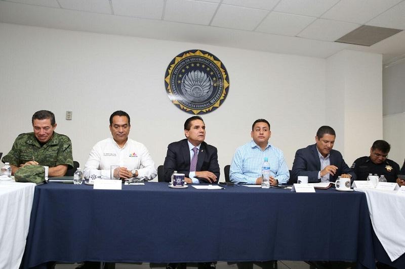 El titular del Ejecutivo estatal llama a no escatimar esfuerzos para mantener el Estado de Derecho en la región