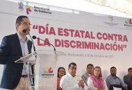 Villegas Soto recordó que la LXXIII Legislatura aprobó un punto de acuerdo mediante el cual se declaró el 19 de octubre de cada año como el Día Estatal Contra la Discriminación, refrendando así el compromiso y el interés superior de promover y defender los derechos humanos