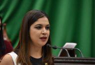 Miranda Arévalo en su iniciativa propuso una sanción de uno a dos años de prisión y de 250 a mil días de multa a las personas que falsifiquen documentos públicos y de uno a dos años de prisión y de 200 a 500 días de multa tratándose de documentos privados