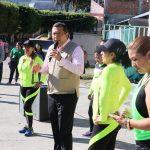 Ante cientos de jóvenes, Barragán Vélez expuso la importancia de realizar actividad física todos los días por los beneficios que aporta a la salud llevar una vida más sana