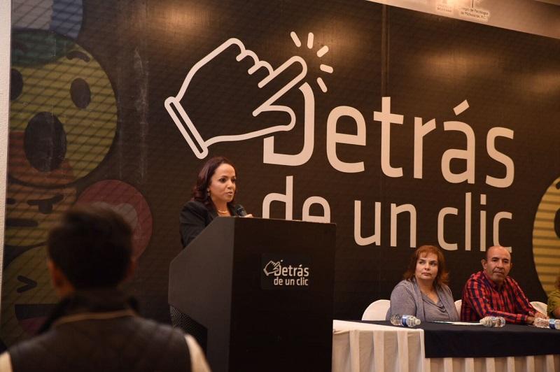 Las leyes deben ser resultado de las inquietudes y necesidades que plantea la ciudadanía: Villanueva Cano