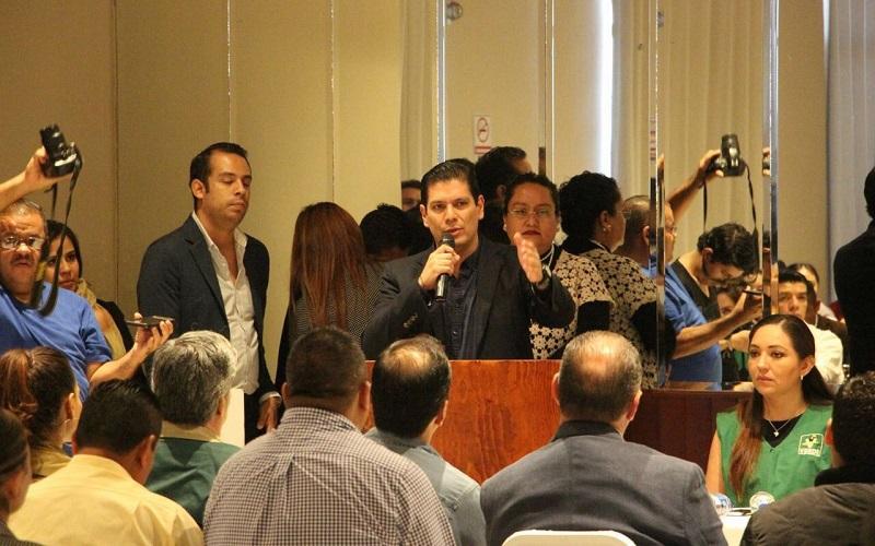 Núñez Aguilar reiteró la capacidad que cada institución política debe tener para diferenciar los temas que son prioritarios como Frente Ciudadano, así como también los que cada partido atenderá conforme a sus ideologías y ruta a seguir