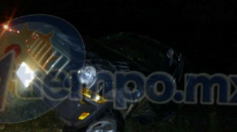 Autoridades correspondientes se hicieron cargo de realizar el peritaje del accidente y trasladar la camioneta a un corralón del municipio